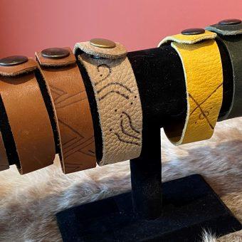 230 bracelets
